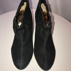 NWOT Sam Edelman Black Suede Heeled Booties - 7